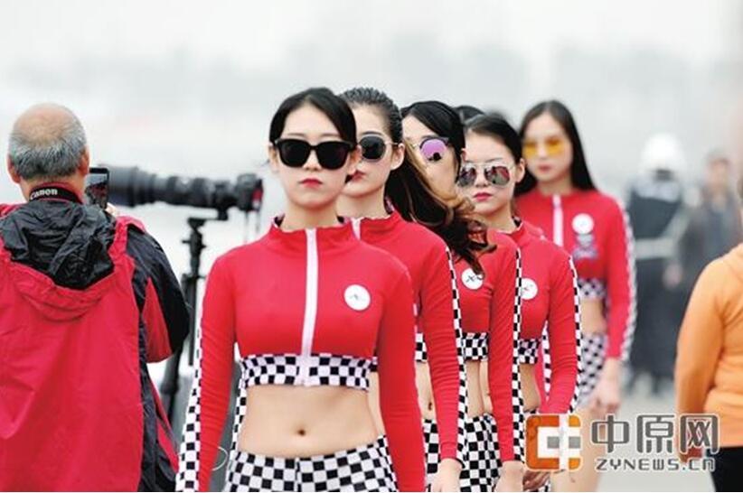 """""""郑州号""""勇夺世摩赛郑州站冠军"""